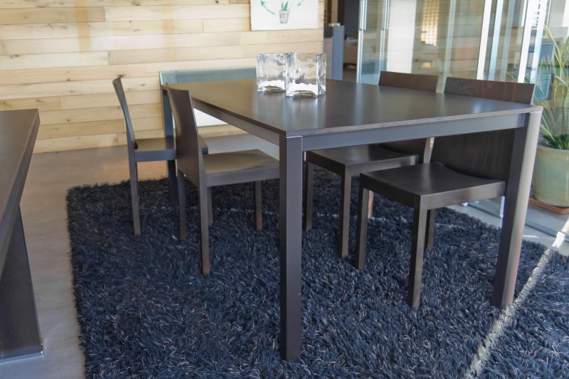 Kristalia tavolo easy 4 sedie fata vallatinnocenti for Sedie kristalia outlet